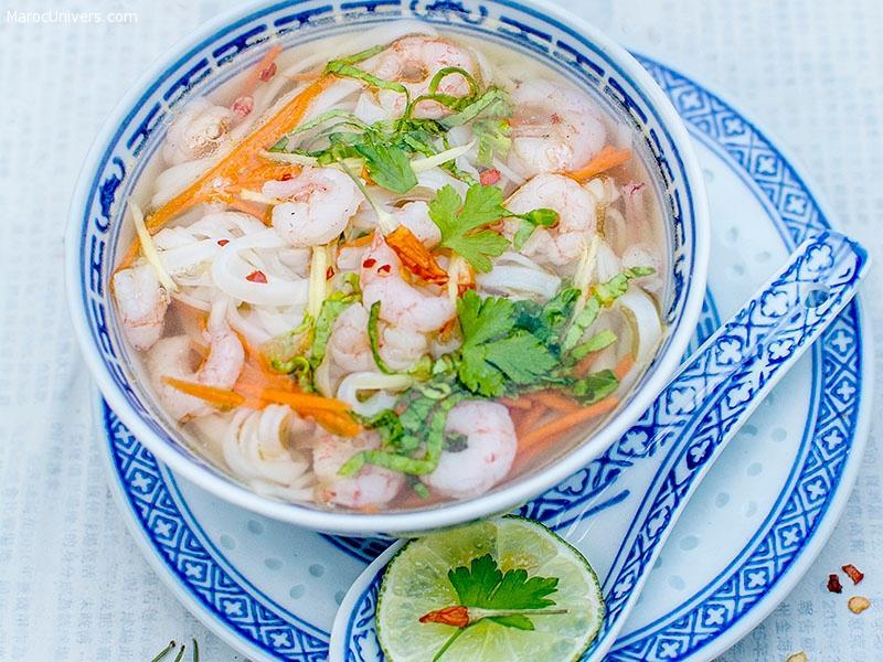 Soupe asiatique aux crevettes