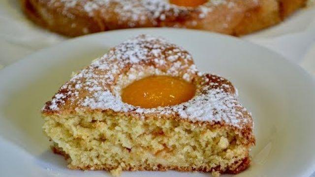 Cake à la pêche at aux amandes/كيكة بالخوخ سهلة و لذيذة